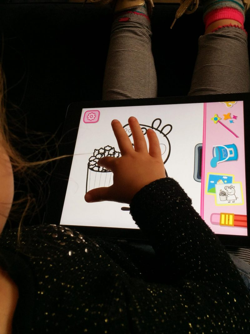 Review Peppa Paintbox app