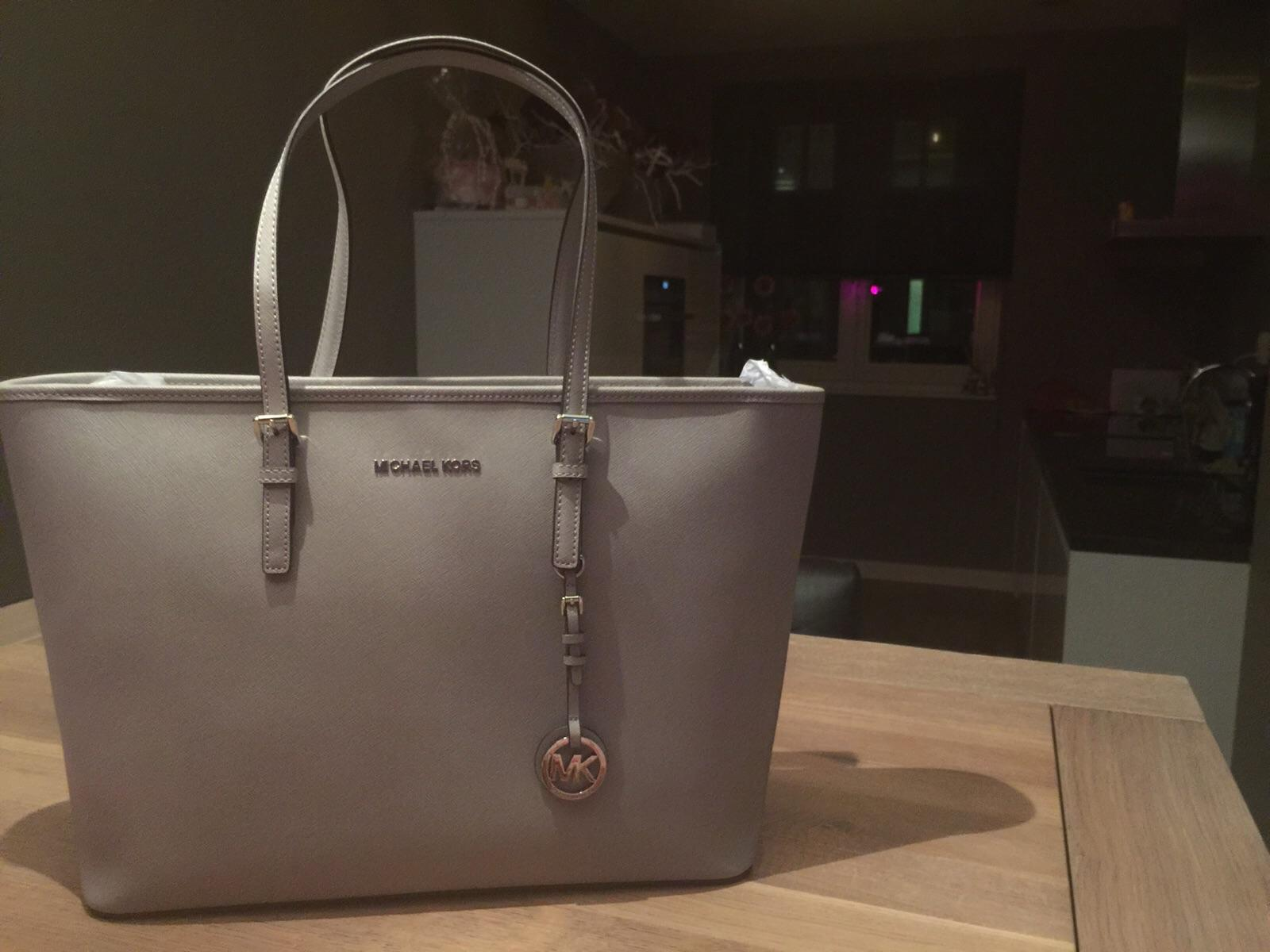 Michael Kors Jet-Set Bag